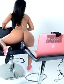 Briana webcamming